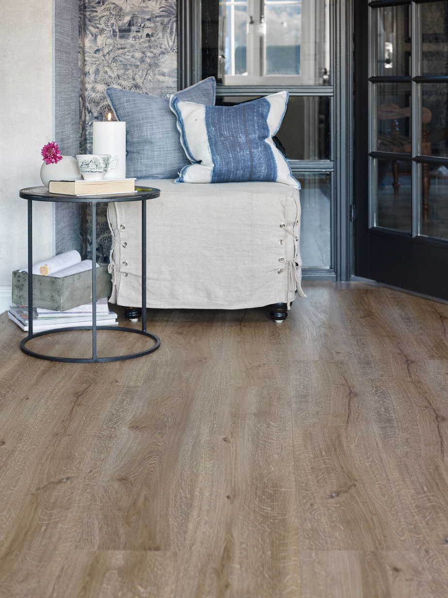 Aspecta Rigid Essential Oak Nature
